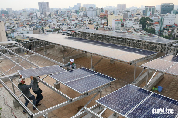 Điện năng lượng mặt trời cho gia đình